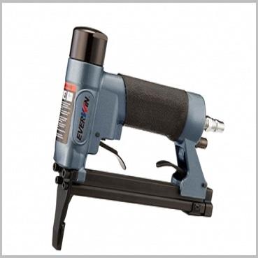 Everwin US1116LN Long Nose Upholstery Staple Gun